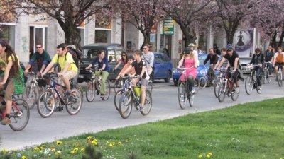 Prvá tohtoročná cyklojazda sa niesla v znamení Cykloelegancie