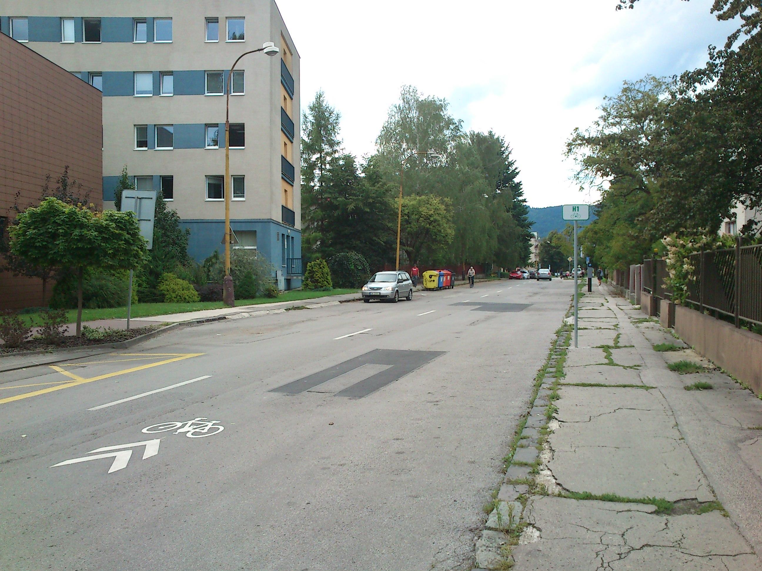Koridory pre cyklistov na ulici Suvorovova – Fándlyho – Komenského